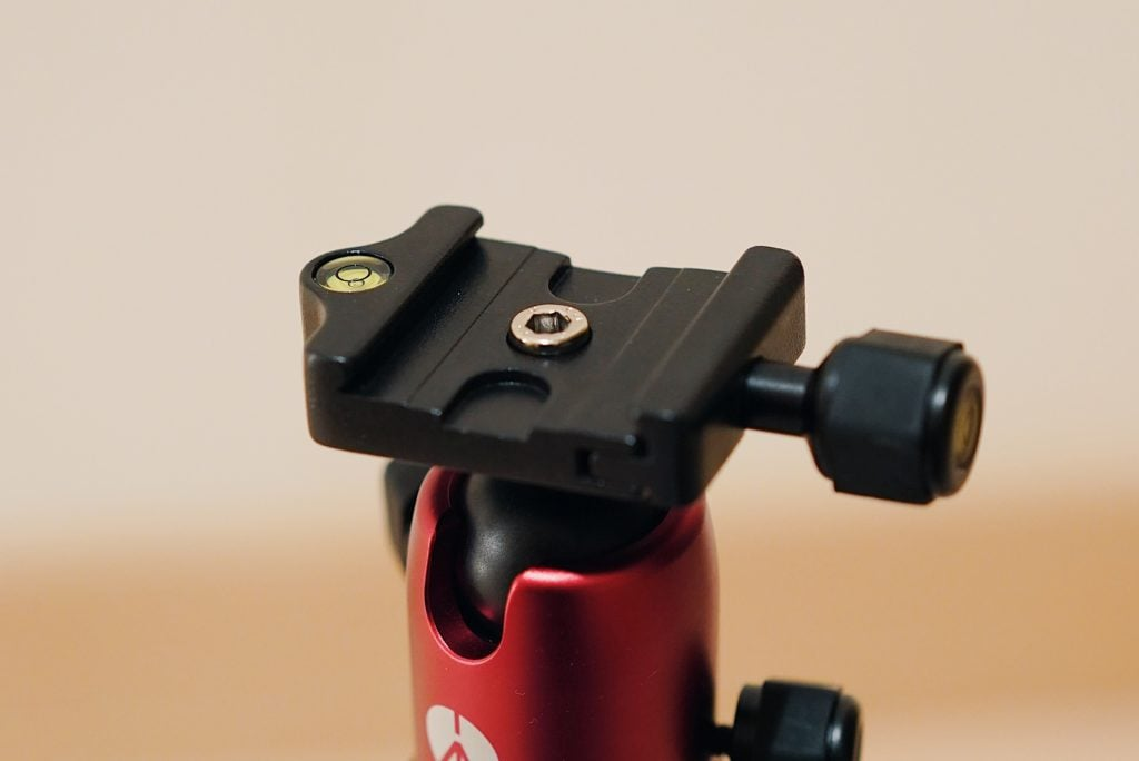Manfrotto Elementクランプのネジ